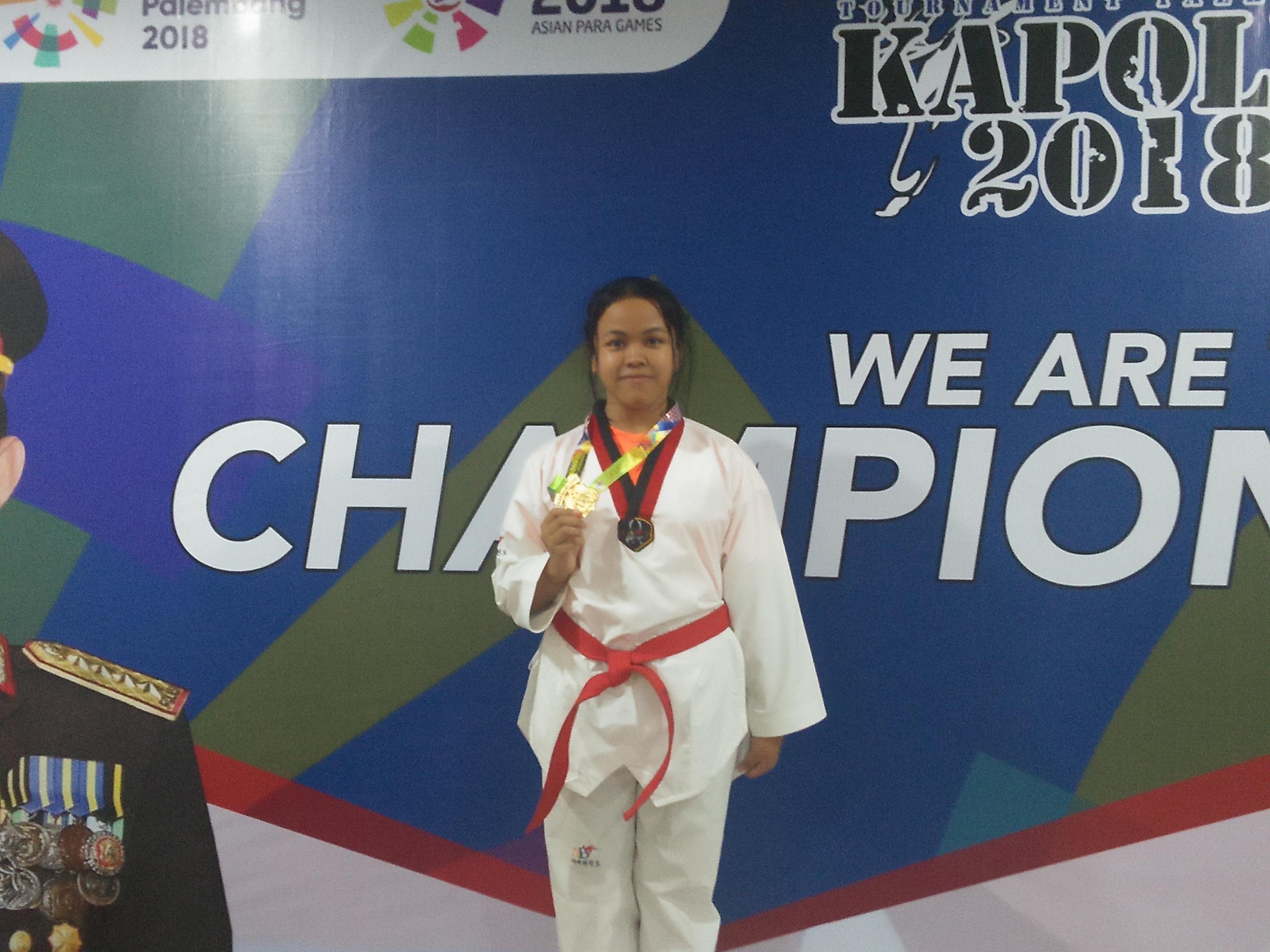 Medali Emas Taekwondo Kapolri Cup Se Indonesia